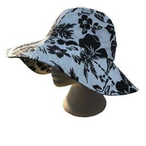 CALIFORNIA | BLACK ANDWHITE FLOWER SUN HAT